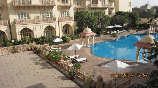 Vivanta by Taj - Hari Mahal, Jodhpur : Pool view from Our Room Balcony