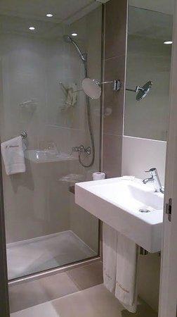 Almudaina Hotel: Baño