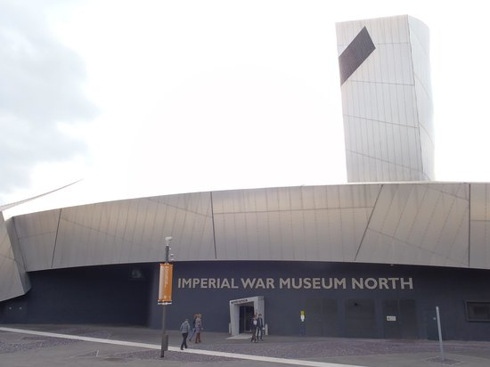 Imperial War Museum North: Outside view