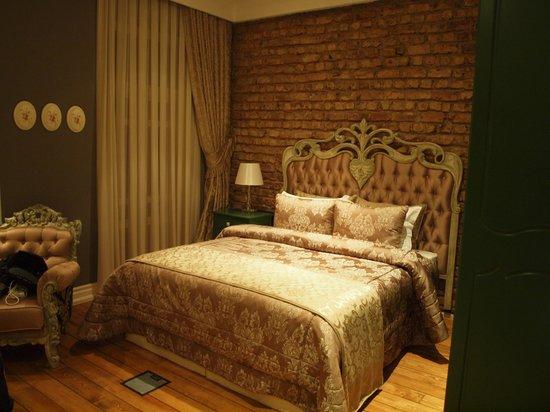 Frida Suites: letto