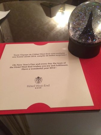 West-End Hotel : Excellent gift from the hotel for New Year's Eve (best souvenir ever)