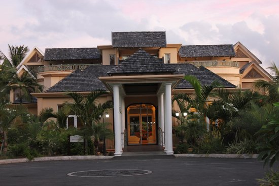 Jalsa Beach Hotel and Spa: Exterior of the Hotel