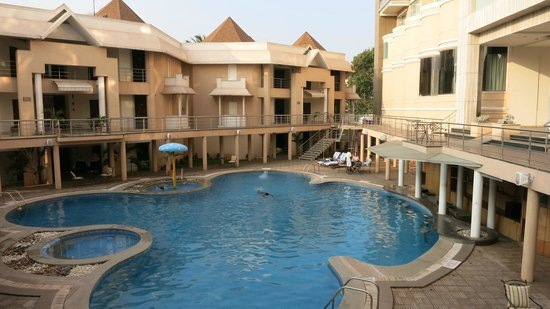 Royal Orchid Central Kireeti: Hotel