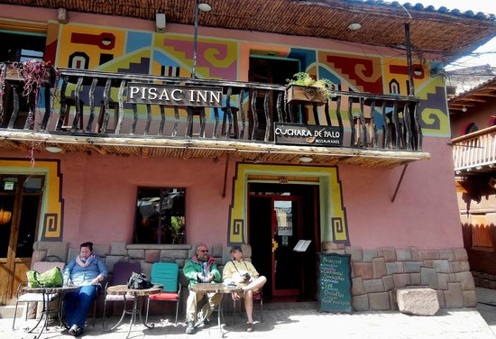 Pisac Inn : A place to sit