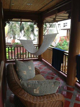 Best Western Boracay Tropics Resort: Веранда в номере для молодоженов