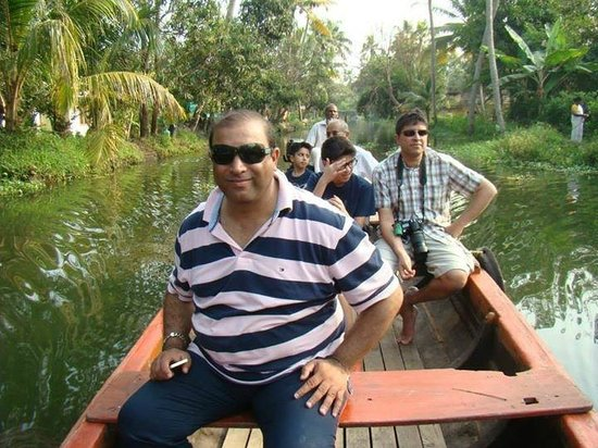Xandari Riverscapes: Visit to Local Village by Boat