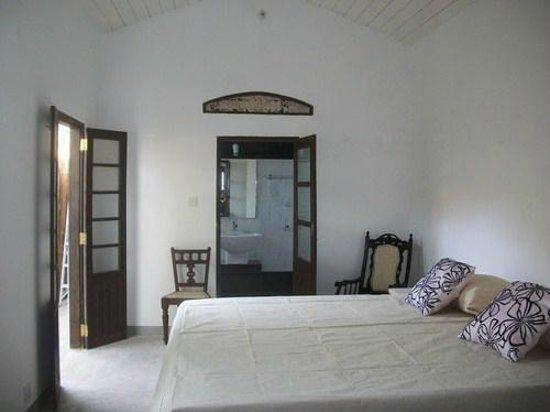 Bay Watch Villas: Room