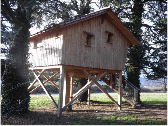 Domaine des Grands Cèdres : la cabane l'aventure