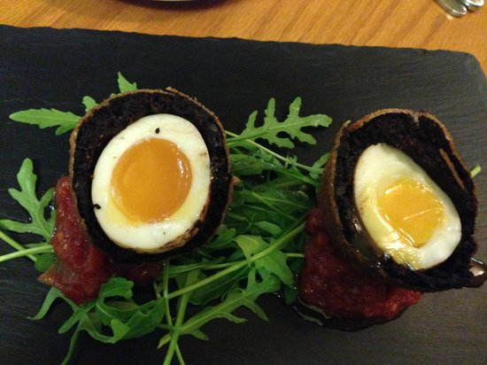 Meikleour Arms Hotel & Restaurant: Scotch Egg