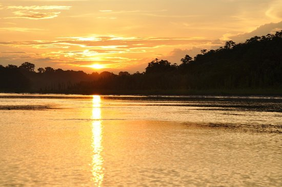 Otorongo Amazon River Lodge : Sunset in Amazonas