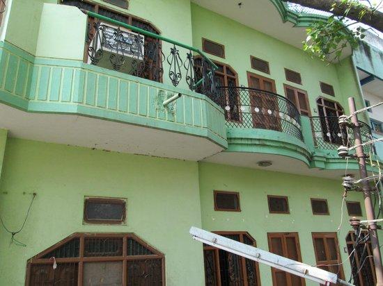 Ganga Yogi Lodge: OUTER PART