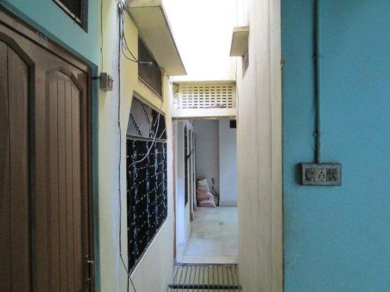 Ganga Yogi Lodge: ROOF