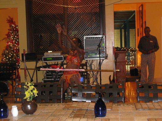 Hilton Barbados Resort: Limbo in Hotel Restaurant