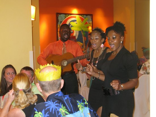 Hilton Barbados Resort: Entertainment in Hotel restaurant