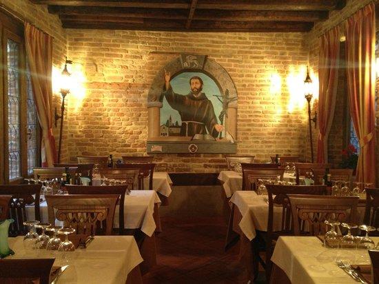 Ristorante Antica Sacrestia: Il dipinto del maestro Frascaroli nella sala dedicata a San Francesco d'Assisi