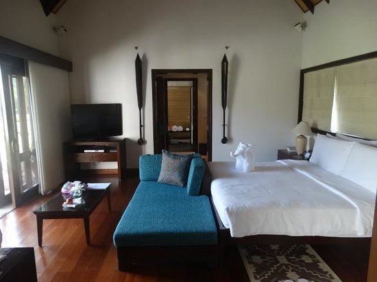 The Lalit Resort & Spa Bekal: Inside room