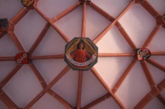 St. Stephan's Church (Stephanskirche): Kreuzgang von St. Stephan