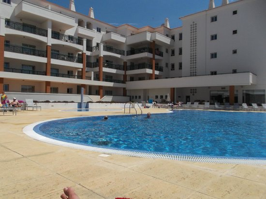 Stella Maris Hotel Apartments: Swimmingpool