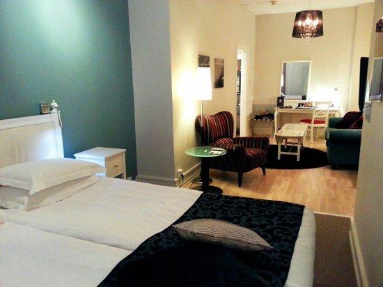 Elite Hotel Savoy: 3