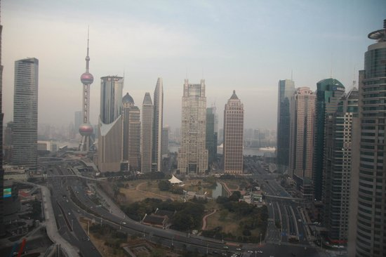 Four Seasons Hotel Shanghai at Pudong: river view