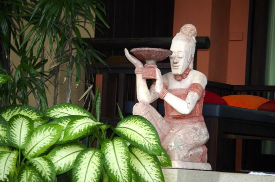 Bo Phut Resort & Spa: Outside the standard rooms
