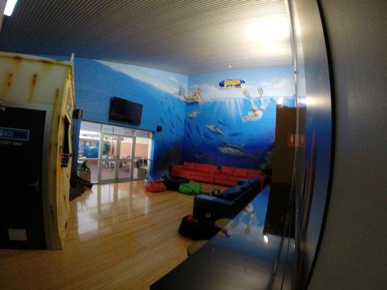 Port Lincoln YHA: TV area