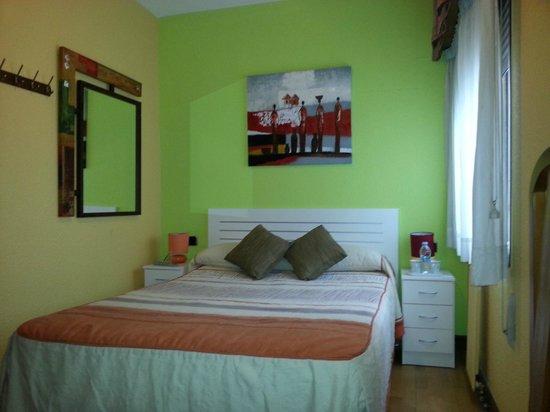 Alojamientos Pamplona: Habitación Cama Doble