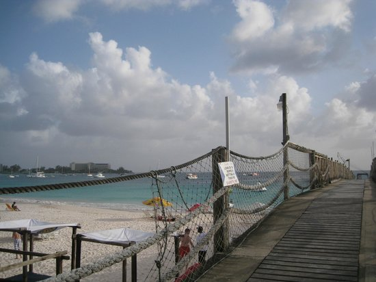 The Boatyard: Atop the pier--look at that water!