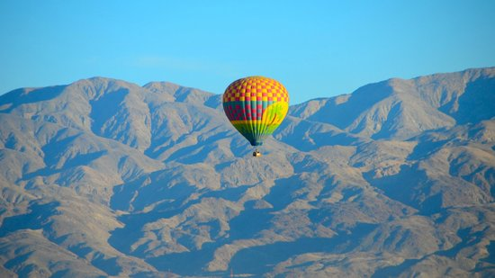 La Quinta, Califórnia: A third balloon