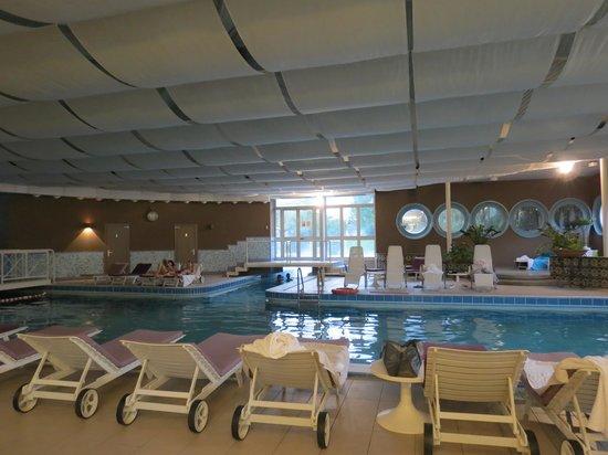 Hotel Mioni Pezzato : Anno Nuovo  alle Terme !! piscina tranquilla