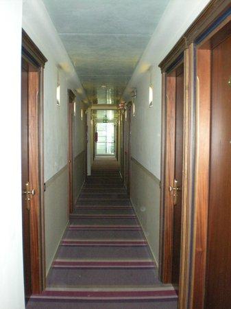 Hotel Lugano Torretta : Corridoi 1° piano