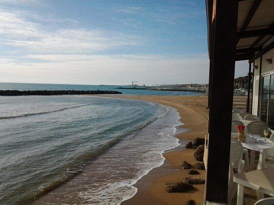 Il Delfino: spiaggia di Marina di Ragusa