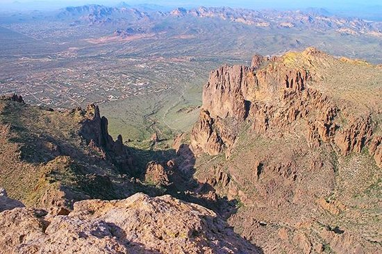 Lost Dutchman State Park: View from top of Flat Iron