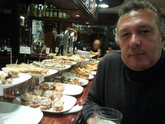 Politena: Mi marido y yo de pintxos en Getaria