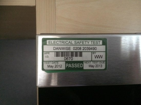 Dolphin House Serviced Apartments: Microwave Safety test