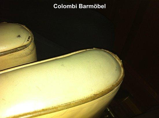 Hotel Colombi: Barmöbel