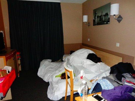 Adagio Aparthotel Val d'Europe: Comedor, cocina, salón dormitorio de hasta tres personas