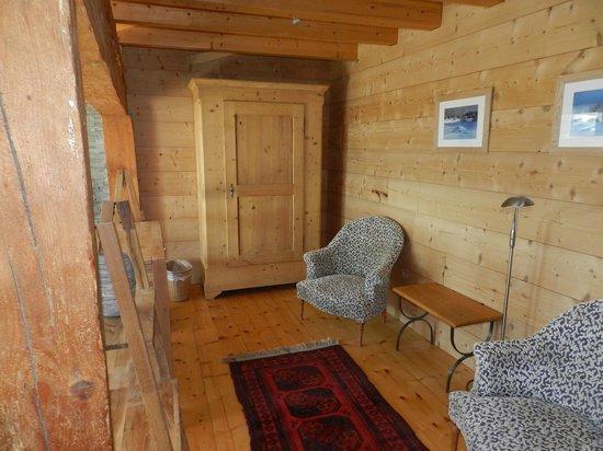 La Trace Chambre et Table d'Hote : Une autre Chambre