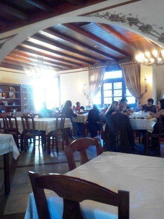 Taverna tou Zioga : внутри