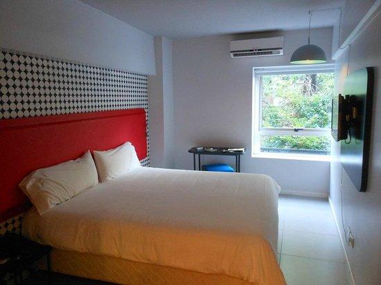 Pop Hotel: Panorámica habitacion
