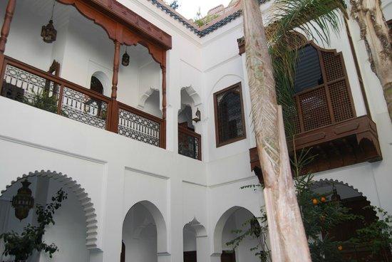 Riad Ghali: Interior muy bonito