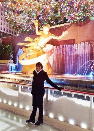 """The Rink at Rockefeller Center : Skating in front of """"The Tree"""""""
