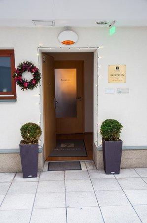 7Seasons Apartments Budapest: reception