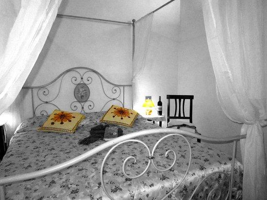 Le Logge Di Sopra Bed & Breakfast: camera
