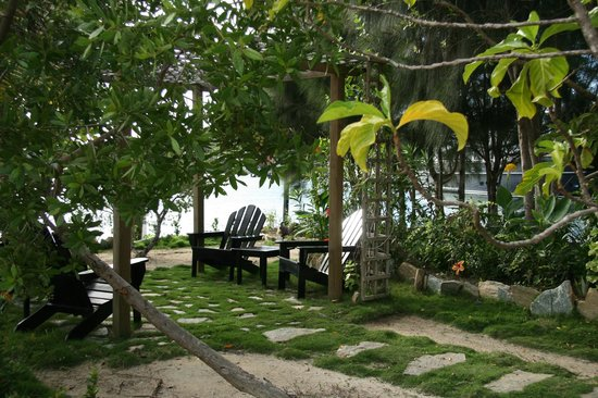 Barefoot Cay: One of the many areas to sit and relax