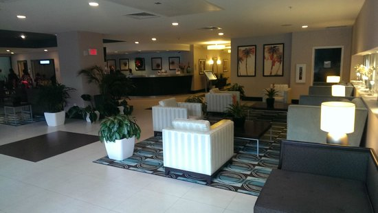 DoubleTree Resort by Hilton Hollywood Beach: nice 4+ star lobby
