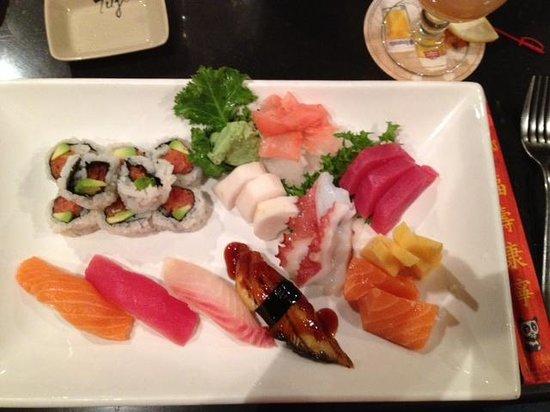 Fuji Steakhouse: Sushi and sashimi platter