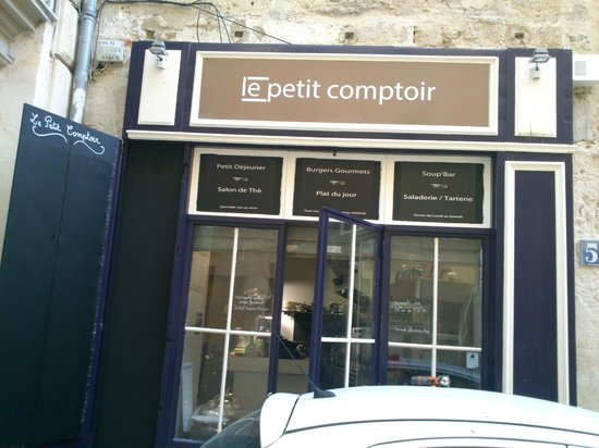 un belle endroit avec un tr s bon accueil picture of le petit comptoir avignon tripadvisor. Black Bedroom Furniture Sets. Home Design Ideas