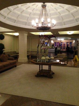 Grand Hotel Toronto: Lobby