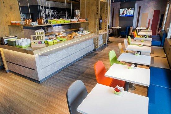 Ibis Budget Valence Sud : Buffet petit déjeuner continental